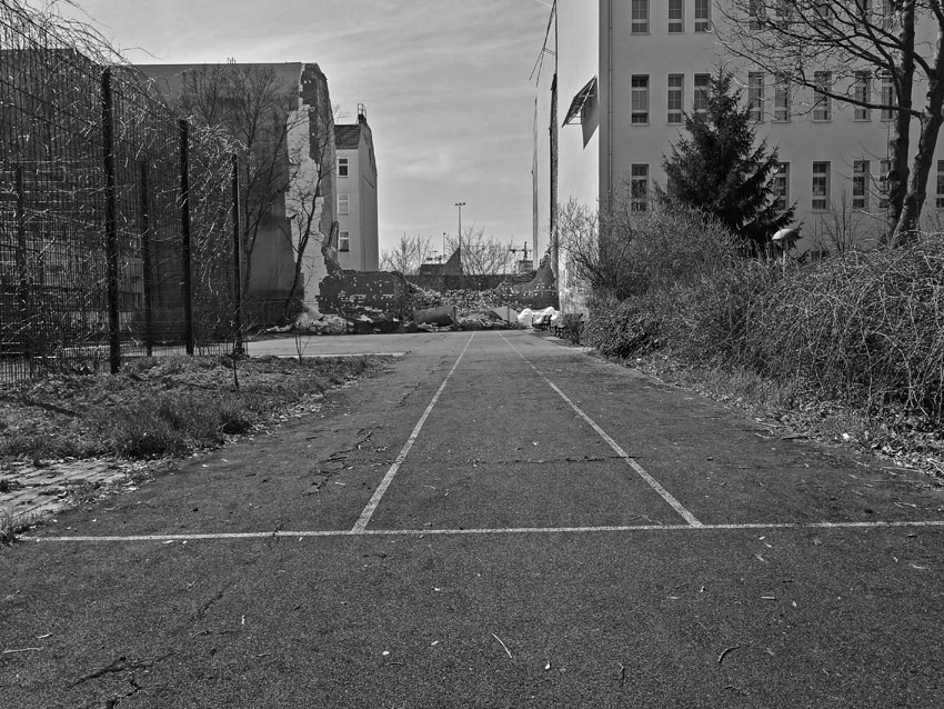 7.4.18: pillauer str., rechts dathe-gymnasium